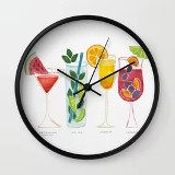 Wall clock with cocktail glasses decoration